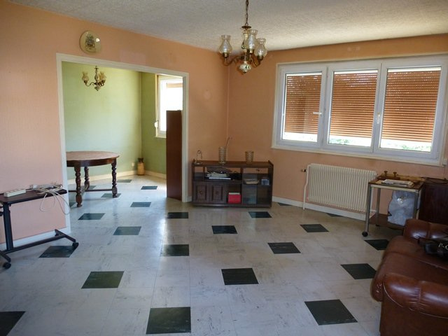 property_areas:44 property_flooring:2 : general:12
